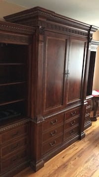 Brown wooden cabinet with shelf New York, 10306