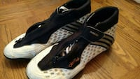Adidas mens wrestling or casual size 10 shoe   Phoenix, 85020