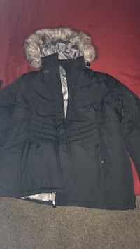 black and gray parka Allentown, 18102