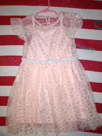 Girls dress size 6 Teays Valley, 25560