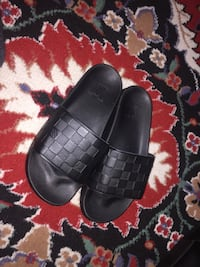 Lv slippers Dearborn Heights