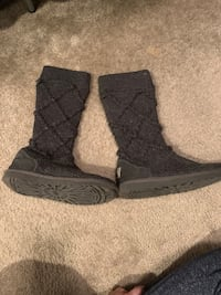 UGG Shoes | Women's UGG Grey Knit Sweater Tall Boots Size 6M | Color: Gray Snohomish, 98296