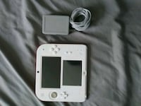 White and red Nitendo 2DS with charger Detroit, 48224
