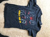 Black and red crew neck shirt Milford, 06460