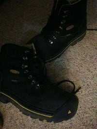 Keen waterproof boots 10.5 mens ( normally $100) Lincoln, 68510
