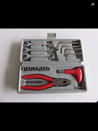 mechanic tool set with gray case