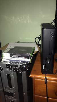 Xbox 360 and 4 games West Hartford, 06117