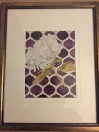 white and red flower painting with brown wooden frame 77 mi
