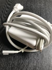 Apple Mac Book Pro Laptop Charger Fort Myers, 33967