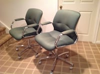 Set of 2 Office Chairs ( Made by Steelcase) Oakville, L6M 1K7