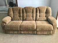 Excellent Condition La-Z-Boy Couch Plymouth