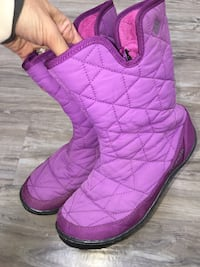 Columbia girl size 4-youth gently used lots of life left payed close to 120$smoke free home London, N5W 1S3