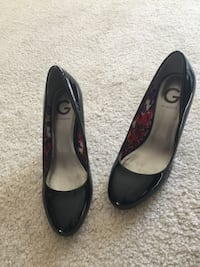 Guess Brand heels size 7 Burnaby, V5H