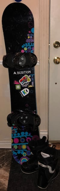 Woman's Burton Snowboard PKG-Perfect for Beginners! Richmond Hill, L4C 2W9