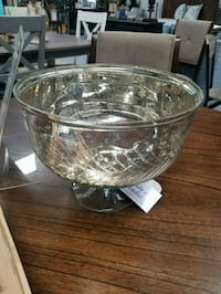 New, decorative glass bowl Boiling Springs, 29316