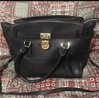 Mint condition MK 2 way Handbag  Laredo, 78046
