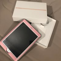 *Brand new*iPad 6th generation 128gb with hard case (used only once) Surrey, V4P 1P3