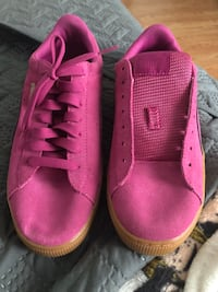 pair of pink high-top sneakers Virginia Beach, 23464
