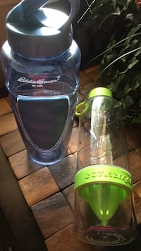 Eddie Bauer water bottle and water infusion bottle Southfield, 48076