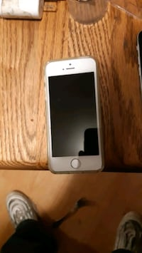 Unlocked I phone 5 in almost mint shape