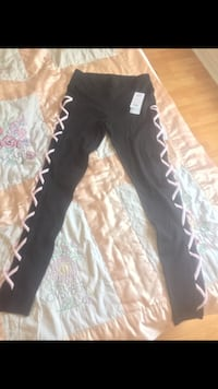 BNWT POPFit Leggings w/ Pockets Toronto, M1P