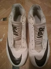 pair of white-and-black Nike soccer shoes Oxnard, 93030