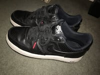 Pair of black nike low-top sneakers 70 km