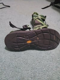 Chaco 7.5 womens Johnstown, 80534
