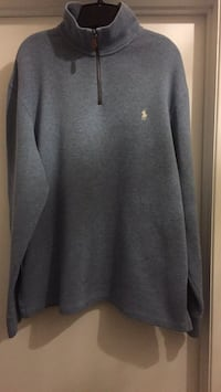 gray Under Armour long-sleeved shirt Gatineau, J8T 5N7