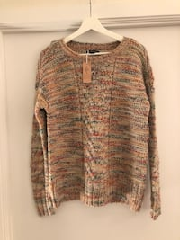 American Eagle sweater  535 km