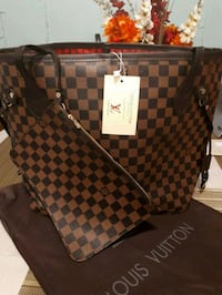 Louis Vuitton ladies hand bag Calgary, T1Y 4A9