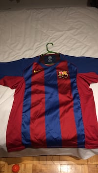 blue and red Nike jersey