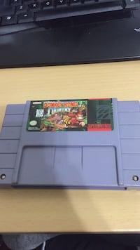 Donkey Kong Country - SNES Toronto, M4A 2T3