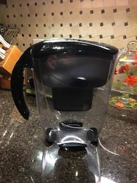MAVEA water filtration pitcher  Richmond Hill, L4C