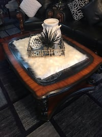 Coffee table limited edition  Calgary, T1Y
