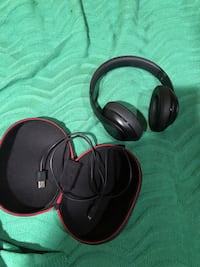 BEATS STUDIO3 WIRELESS - MINT CONDITION Montréal, H2E 2G9