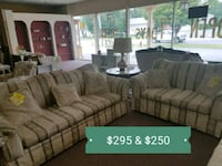 Matching couch & loveseat  60 km