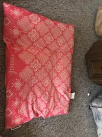 Dog bed Green Bay, 54303