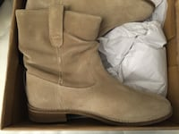 Brand new suede ankle boots (never worn) Toronto, M5V 0J5