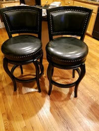 Swivel bar stools  Accokeek, 20607