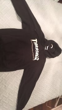Black and white pullover hoodie Mississauga, L5L 4M7