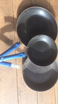 3 skillets  $3 each Pineville, 71360