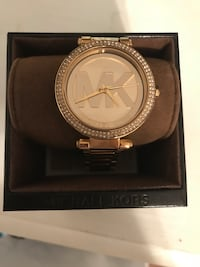 Round gold michael kors watch (womens) Summerville, 29485