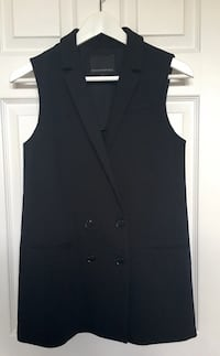 Like New Banana Republic Vest - Size 0 Burlington