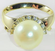Vintage Signed AJC Gold Tone Faux Pearl RingBrooch/Pin