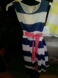 Blue &white striped pink ribbon dress Bakersfield, 93307