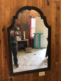 Lightly distressed mirror  Hanover, 17331