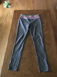 Gray athletic pants size small 2191 km