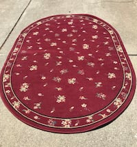 Burgundy rug, 5' x 7' excellent condition, make reasonable offer Morgan Hill, 95037