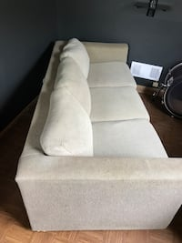 Nice full size sleeper/sofa. Clean, with brand new sheet set with mattress water proof cover to protect mattress Comes-with extra pillows for more comfort. Can put in den, office, make Xtra chair or when family pops up. Seats (3) comfortably, sleeps (2) g York, 17403